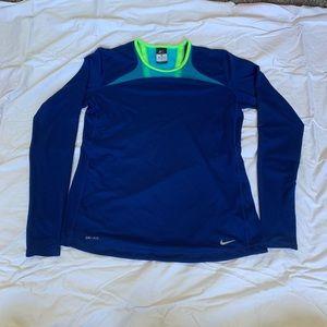 Women's Nike DriFit Long Sleeve in Great Condition